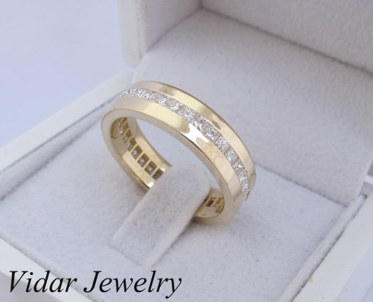 Men's Princess Cut Diamonds Wedding Band